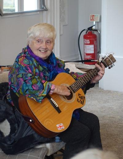 41 Our guest Jacqui McBride entertains